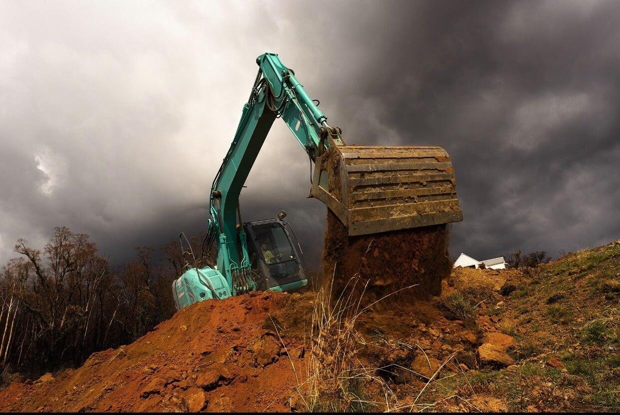 13.5 Ton Kobelco Excavato