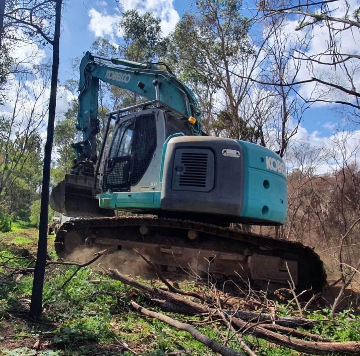 23 Ton Kobelco excavator